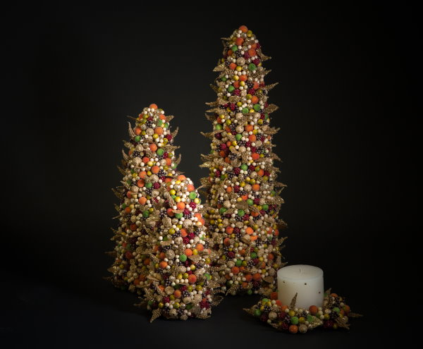 Salzburg Creations - Harvest Glow - Three Christmas trees and a candle holder in gold